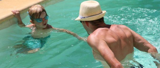 natation enfant à domicile sur aubagne, marseille, géménos